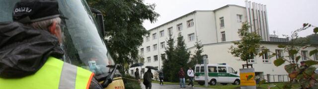 Stan rannych pasażerów pod kontrolą niemieckich lekarzy