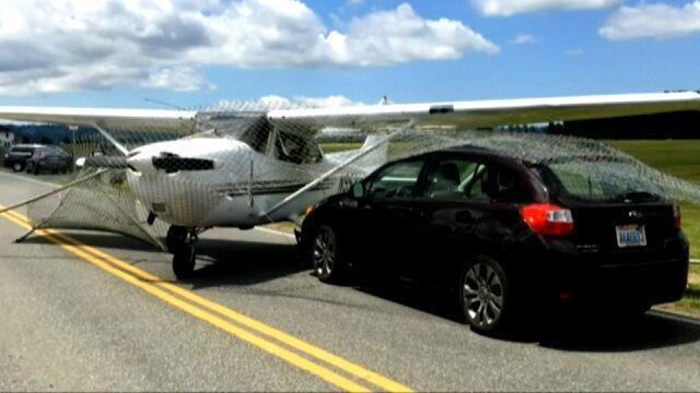 Samolot zderzył się z samochodem