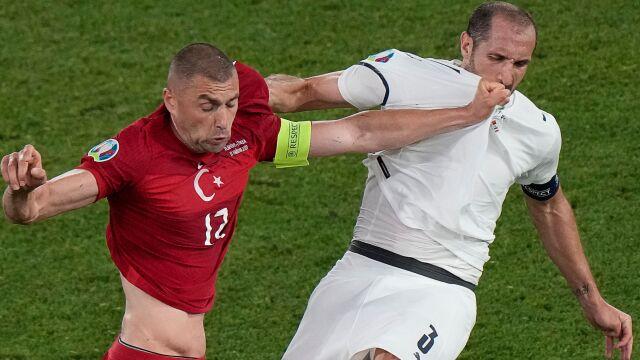 W Euro rusza walka na noże. Ważne mecze dla Turków i Rosjan