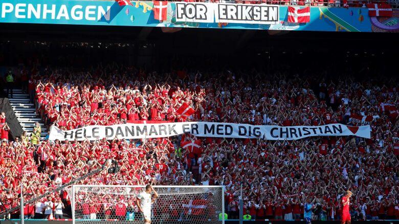 Wzruszające sceny w Kopenhadze. Mecz przerwany, wsparcie kibiców i piłkarzy dla Eriksena