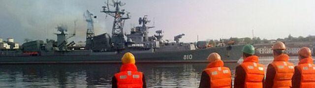 Okręt i piechota morska w Syrii. Rosja wspiera sojuszników