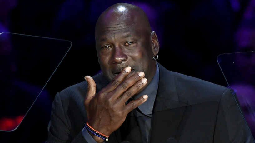 """Zalany łzami Jordan żegna Bryanta. """"Obiecałem, że nie będę płakać"""""""
