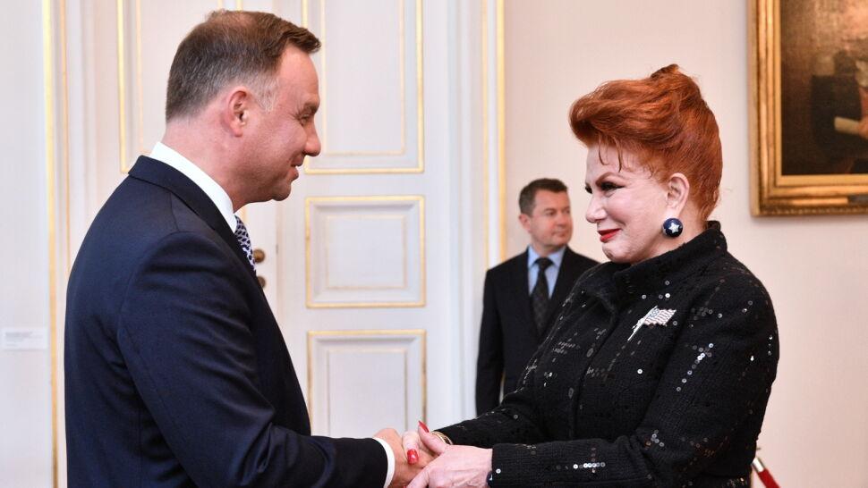 """Prezydent wita ambasador USA w Polsce. """"Przekazała wiadomość od prezydenta Trumpa"""""""