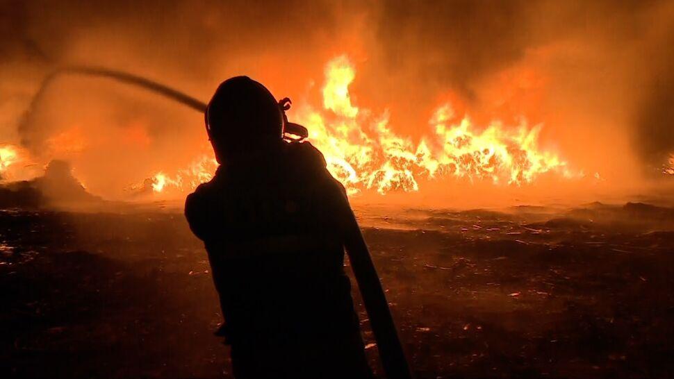 """Zapłonęło składowisko odpadów. """"Ogień miał pięć metrów wysokości"""""""
