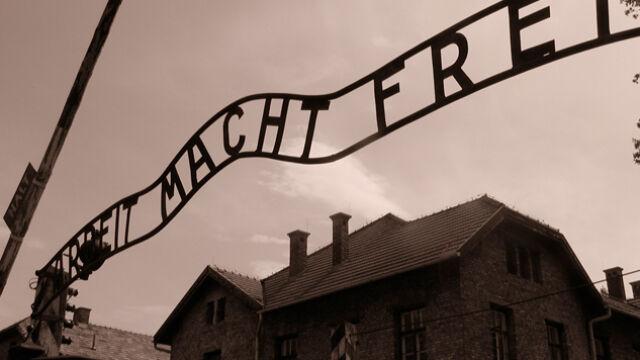 """Przegląd prasy: Niemcy przeciwko """"polskim obozom koncentracyjnym"""""""