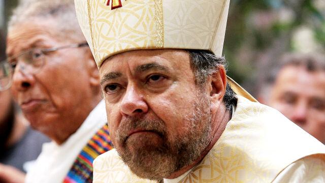 Papież przyjął rezygnację biskupa oskarżonego o pedofilię