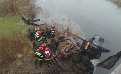 Piła: Samochód ciężarowy wpadł do rzeki