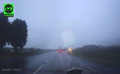 Wypadek pod Głogowem. Kierowca wyleciał z auta jak z katapulty