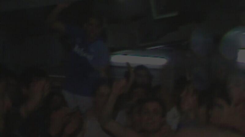 """Diego Maradona w szatni Napoli, fr. filmu """"Diego"""""""