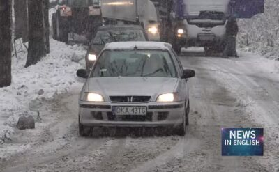 Polish drivers in Karkonosze mountains surprised by early snow