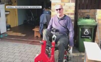 Ryszard Szurkowski trenuje na rowerze stacjonarnym