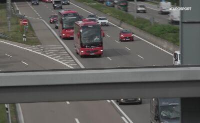 Autobus z piłkarzami Bayernu Monachium wrócił na Allianz Arena