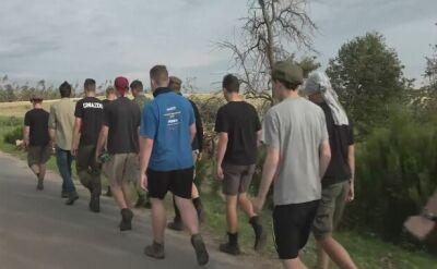 Harcerze sprzątają Lotyń
