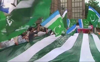 Indie zniosły specjalny status Kaszmiru, Pakistan protestuje