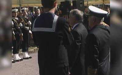 Lech Kaczyński odznaczył Władysława Frasyniuka Krzyżem Wielkim Orderu Odrodzenia Polski 31 sierpnia 2006 roku
