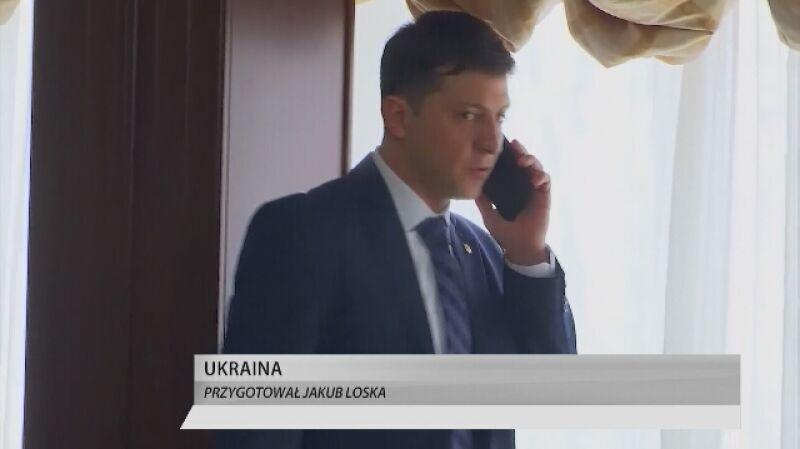 """Zełenski od lat parioduje polityków. """"Fakty o Świecie"""" z 22.02"""