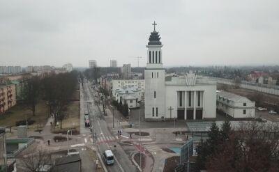 Poznań: Znicze i łzy pod zawaloną kamienicą