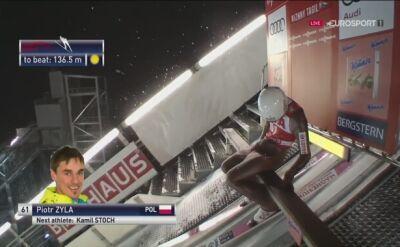 Skok Piotra Żyły w kwalifikacjach do konkursu w Niżnym Tagile