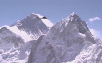 Rekordowy lot na Mount Everest