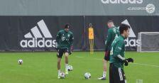 Robert Lewandowski broni strzały kolegów z Bayernu