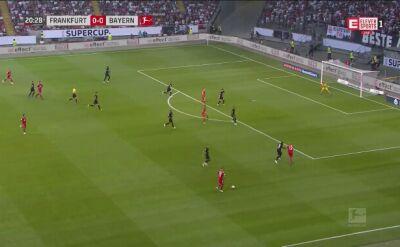 Hat-trick Lewandowskiego z Eintrachtem
