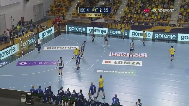 Efektowny gol Władysława Kulesza w meczu Łomża Vive Kielce - MOL-Pick Szeged