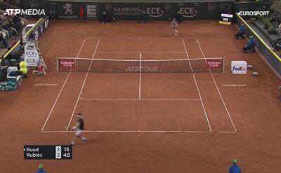 Andriej Rublow pokonał Caspera Ruuda i awansował do finału turnieju ATP w Hamburgu