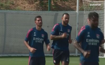 Piłkarze Olympique Lyon trenują przed meczem z Manchesterem City