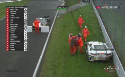 Stewardzi powstrzymali kierowcę przed rękoczynami