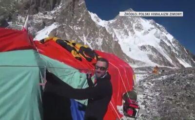 Baza pod K2 oczami Chmielarskiego