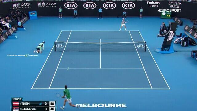 Skrót meczu Djoković - Thiem w finale Australian Open