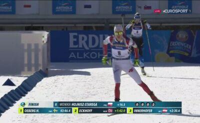 Finisz biegu na 15 km Moniki Hojnisz-Staręgi