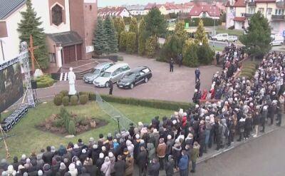 Rozpoczęła się ceremonia pogrzebowa nastolatek z Koszalina