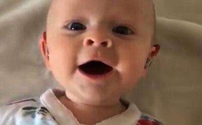 Pierwszy raz od urodzenia mogła usłyszeć głos swojej matki. Niezwykłe nagranie z Wielkiej Brytanii