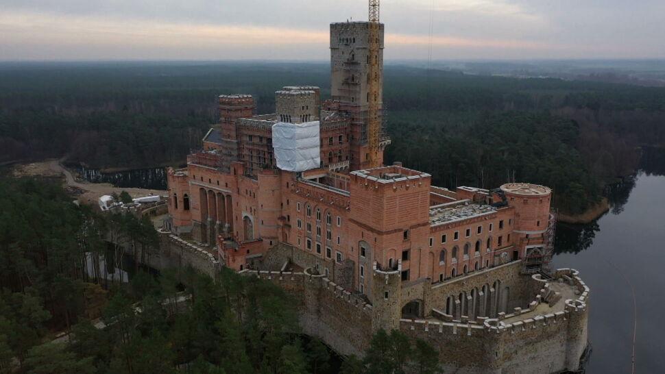 Szef MSWiA chce odwołania wojewody po decyzji w sprawie zamku w Stobnicy