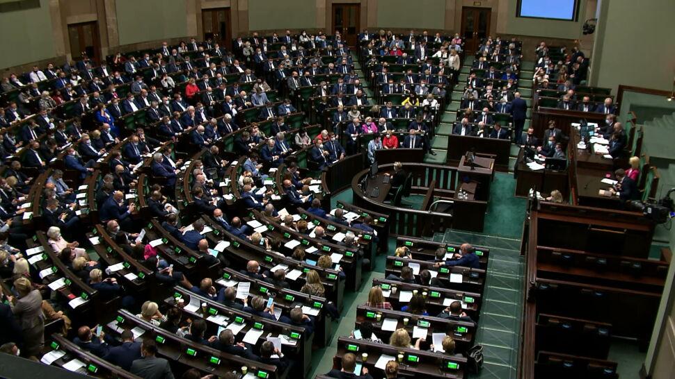 Przedłużenie stanu wyjątkowego zwykłą większością. PiS chce zmian w Regulaminie Sejmu