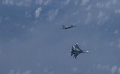 Myśliwiec NATO obok samolotu z szefem rosyjskiego MON na pokładzie