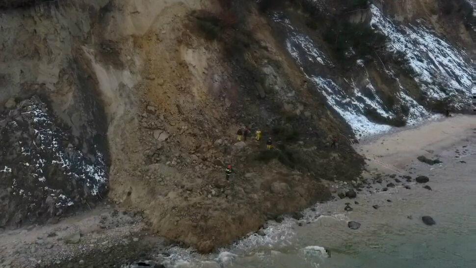 Klif osunął się na plażę w Gdyni
