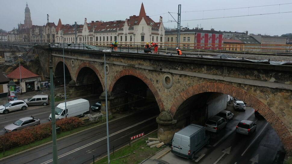 """Mieszkańcy Krakowa walczą o zabytkowy wiadukt. """"Nie ma naszej zgody na rozbiórkę"""""""