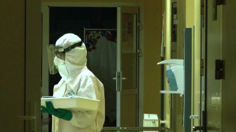 Personel medyczny najbardziej narażony na zakażenie koronawirusem