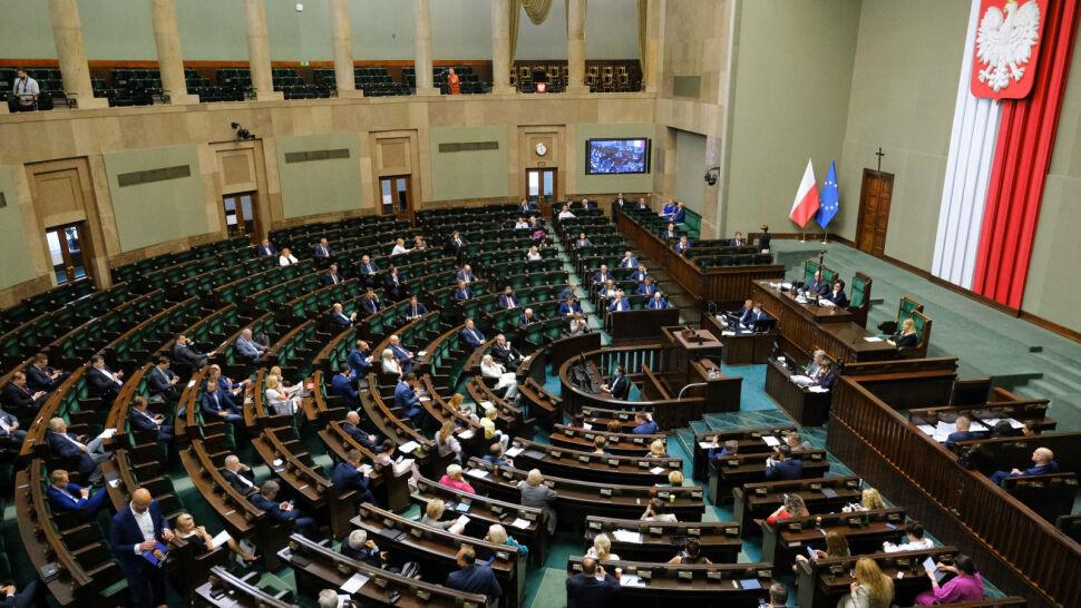 """""""No przecież to jest wrzutka"""". Sejm zmienił Kodeks karny w """"Tarczy 4.0"""""""