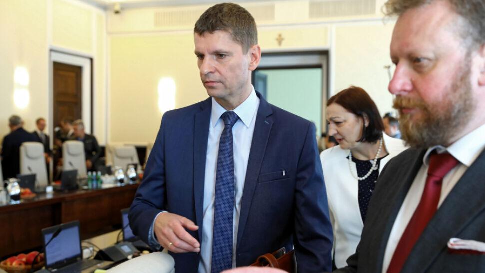 ZNP chce spotkania z nowym szefem MEN. Piontkowski: chaosu w szkołach nie ma