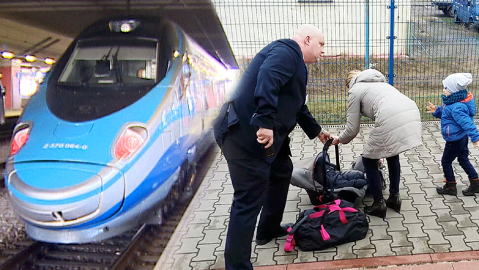 Mama z dziećmi wsiadła do złego pociągu. Z odsieczą przyszedł kierownik
