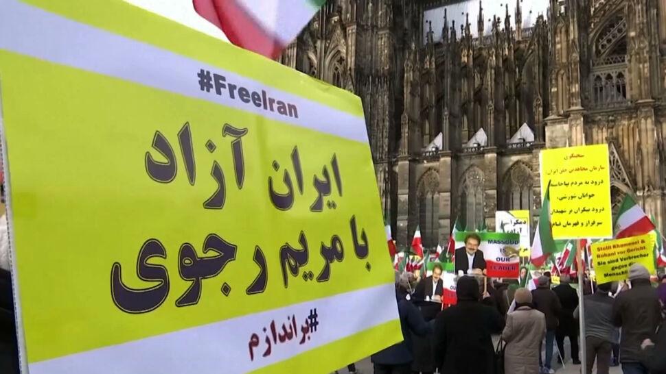 """""""To tragedia, która nie powinna była się wydarzyć"""". Tysiące osób wyszło na ulice Teheranu"""
