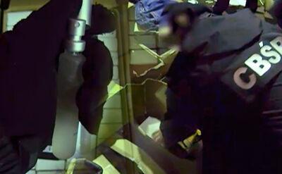 04.03 | Dymisje w kierownictwie, zatrzymani funkcjonariusze. Trzęsienie ziemi w CBŚP