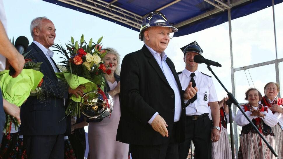 """""""Teraz się szuka innych tematów w PiS"""". Kaczyński: polskie sądy pod wpływem ideologii LGBT"""