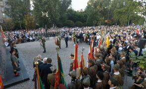 Marsz w rocznicę rzezi Woli. Upamiętnia największą masakrę cywilów Powstania Warszawskiego