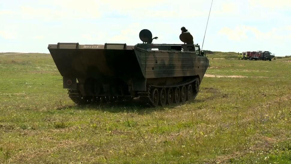 Nie tylko pokazy. Inscenizacja bitwy czołgów na pikniku w Orzyszu