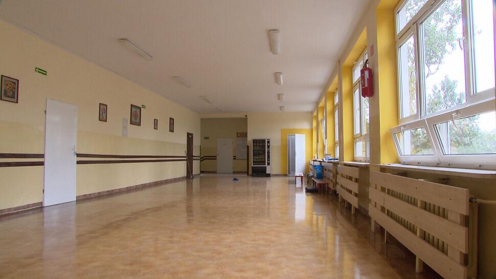 Dzień nauczyciela w czasach pandemii. Jak długo uczniowie będą uczyć się stacjonarnie?