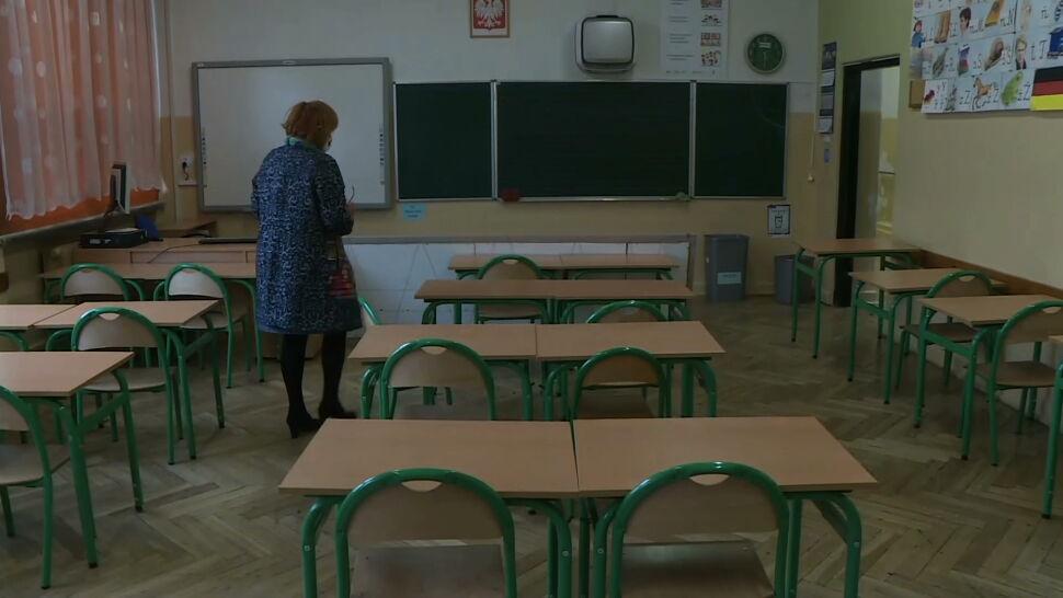 Część uczniów może wrócić do szkół. Decyzja wywołuje wiele pytań